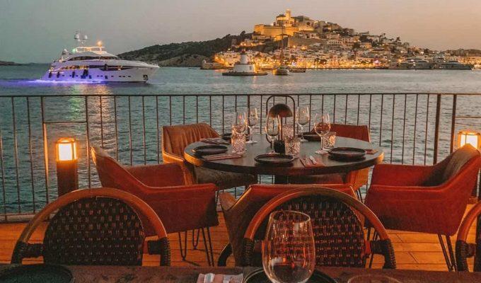 Restaurante-ROTO-Ibiza-Fotos-Interior-Terraza-17