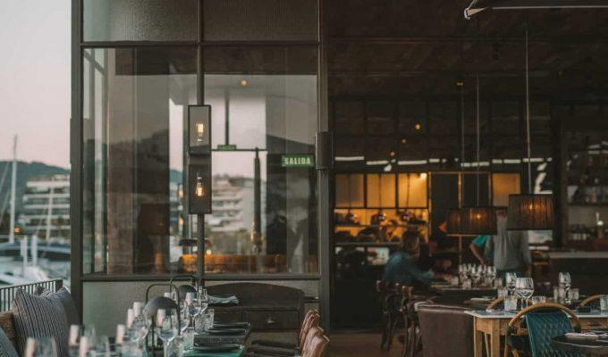 Restaurante-ROTO-Ibiza-Fotos-Interior-Terraza-8-scaled
