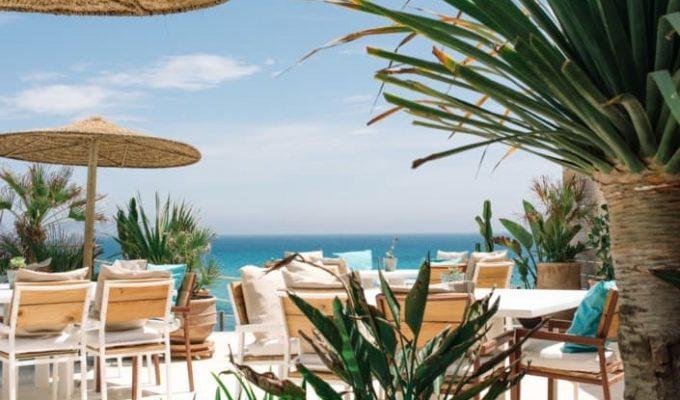 atzaro-beach-restaurant-ibiza-12-705x470