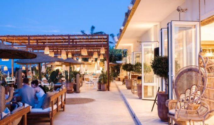 atzaro-beach-restaurant-ibiza-4-2-705x470