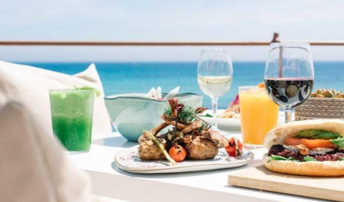 atzaro-beach-restaurant-ibiza-9-705x470