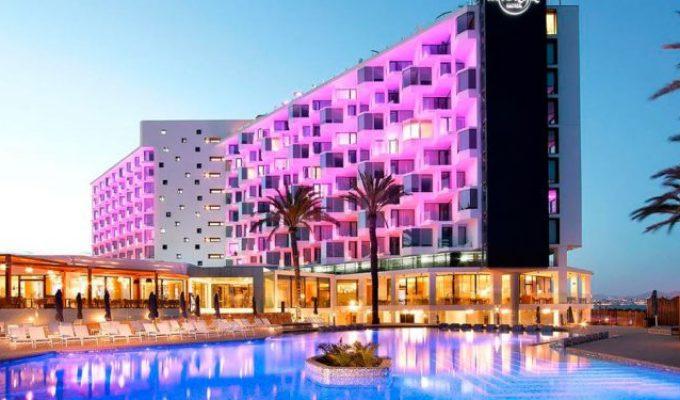 hardrock-hotel-eivipssa-1-710x375