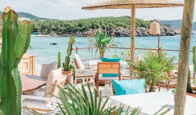 ibiza-beach-restaurants-atzaro-beach-2019-01